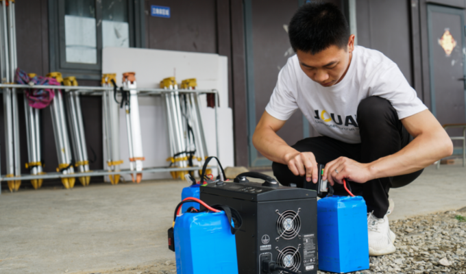 UAV battery maintenance